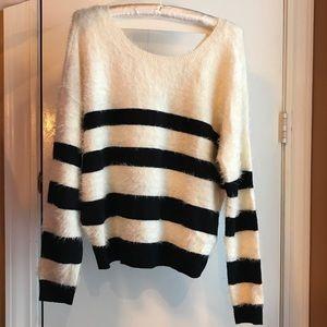 NWT DKNY Soft White Medium Burgundy Large Sweater